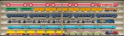 Fali vitrin modell szekrény 6 polc 160x58x10,5 cm kisautó, kisautó, modellvasút gyűjtő plexi tolóajtóval