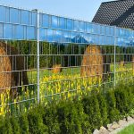 Táblás kerítésbe fűzhető szalmabalas kép 250x180 cm 19 cm-es szalagból