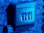 Napelemes újságtartós postaláda házszám világítás rozsdamentes anyag Nemesacél levélszekrény kültéri