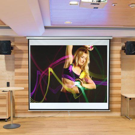 Vetítővászon 178x178cm falra szerelhető projektor vászon manuális tekerés